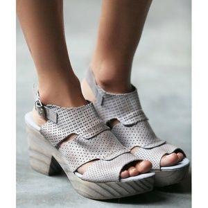 NEW Free People Wayfaring Clog Platform Sandals